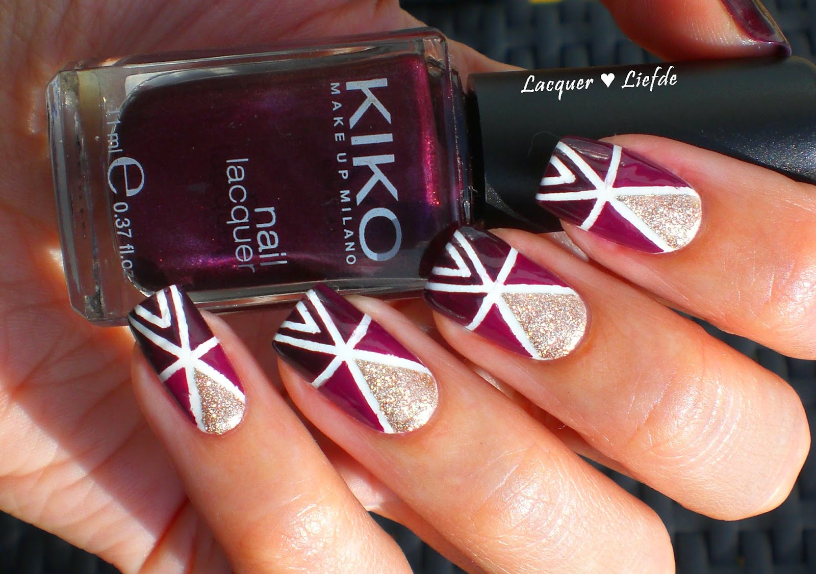 Geometric Nails with Striping Tape KIKO