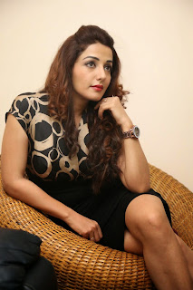 Sonia Mann Latest Stills in Short Dress at Dhee Ante Dhee Release Press Meet