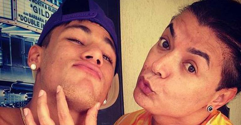 "David Brazil mostra Neymar sem camisa: ""Colírio"""