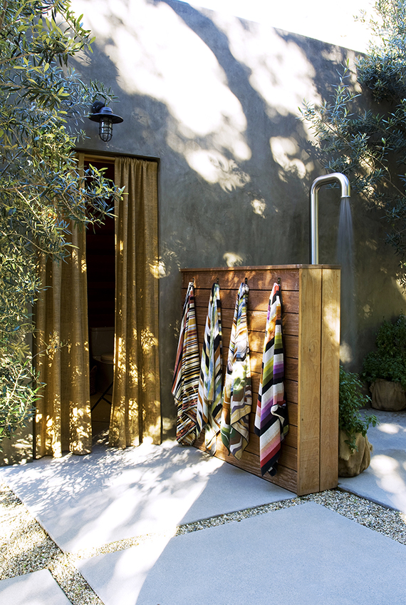 Outdoor shower | Image by Alexander Design via Domaine