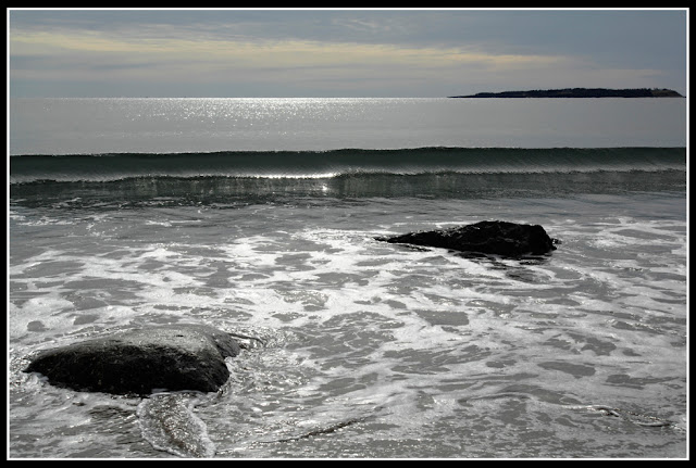 Nova Scotia; Hirtle's Beach; Wave