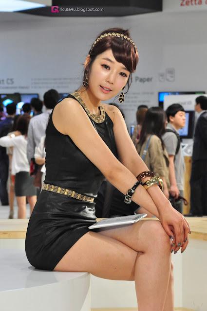 1 Jo Sang Hi - World IT Show 2013  - very cute asian girl - girlcute4u.blogspot.com