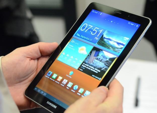 Samsung To Delay The Galaxy Tab 7.7 Android 4.1.2 Jelly Bean Update