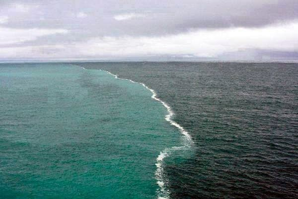 The Gulf of Alaska, where two oceans meet, but do not mix! - Here Are 12 Points In The World Where Major Bodies Of Water Join Together… And They're So Awesome