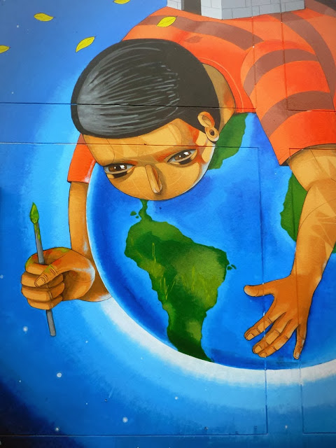 Peruvian Street Artist Jade Paints a New Mural In Barrios Altos, Lima. 3