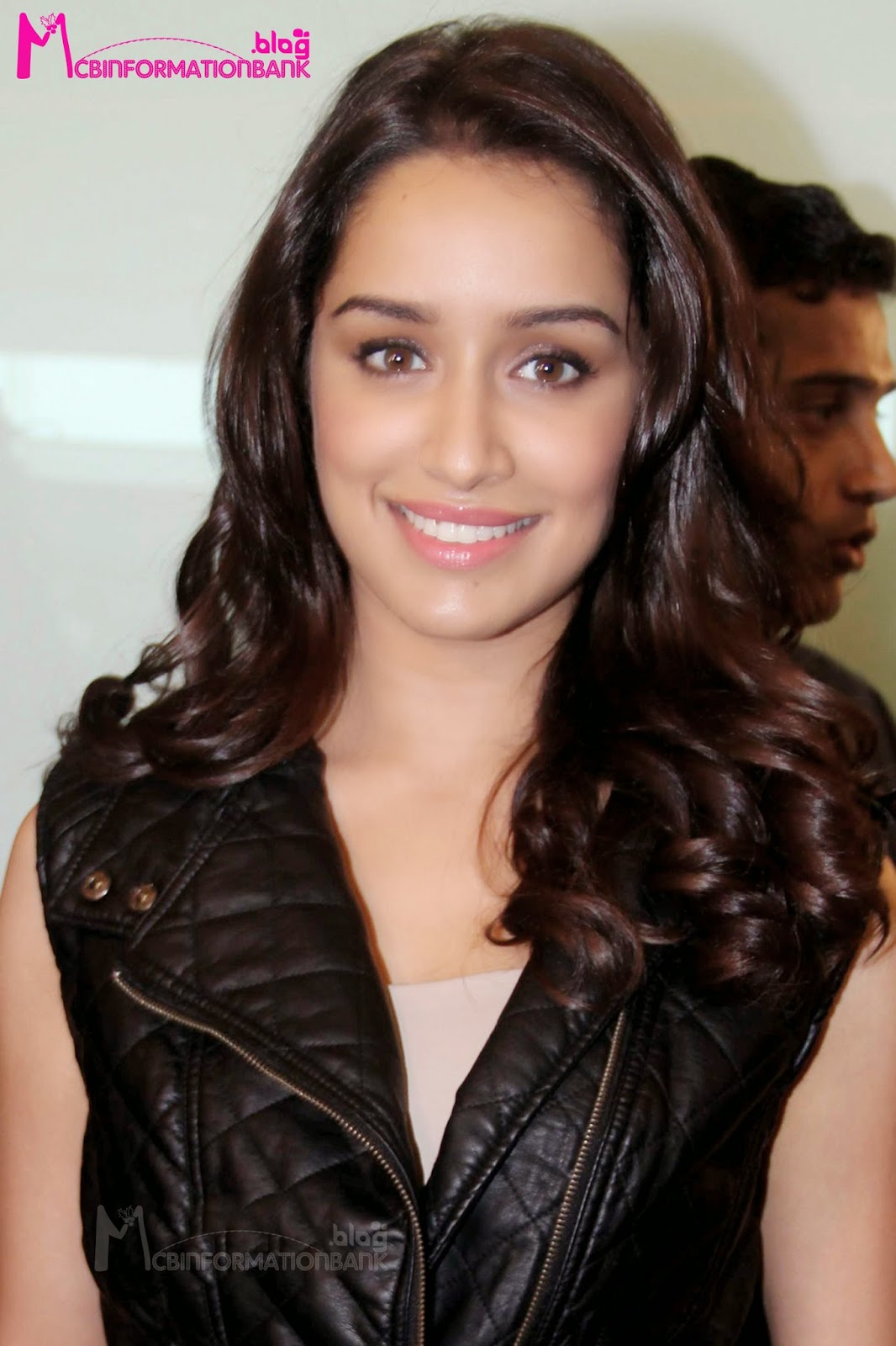 shraddha kapoor biography and filmograppy information | information