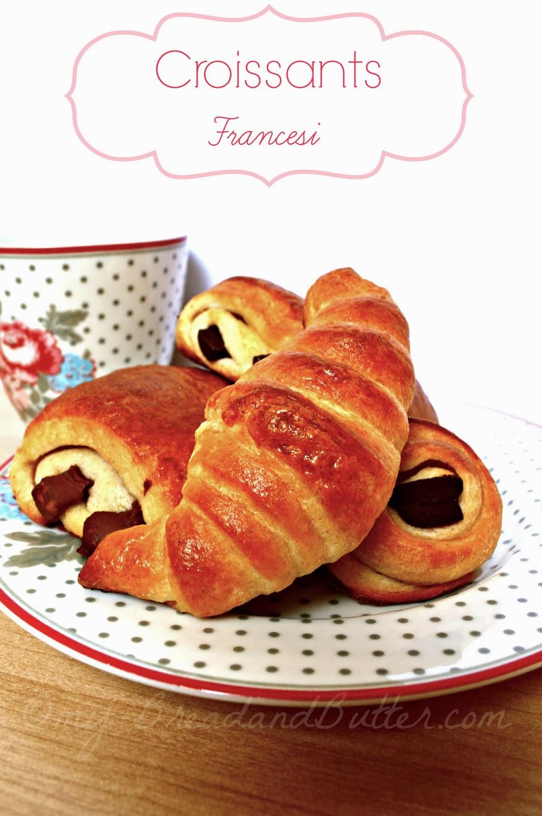 dosi che ho usato io, mi sono venuti 6 pain au chocolat e 4 croissants ...