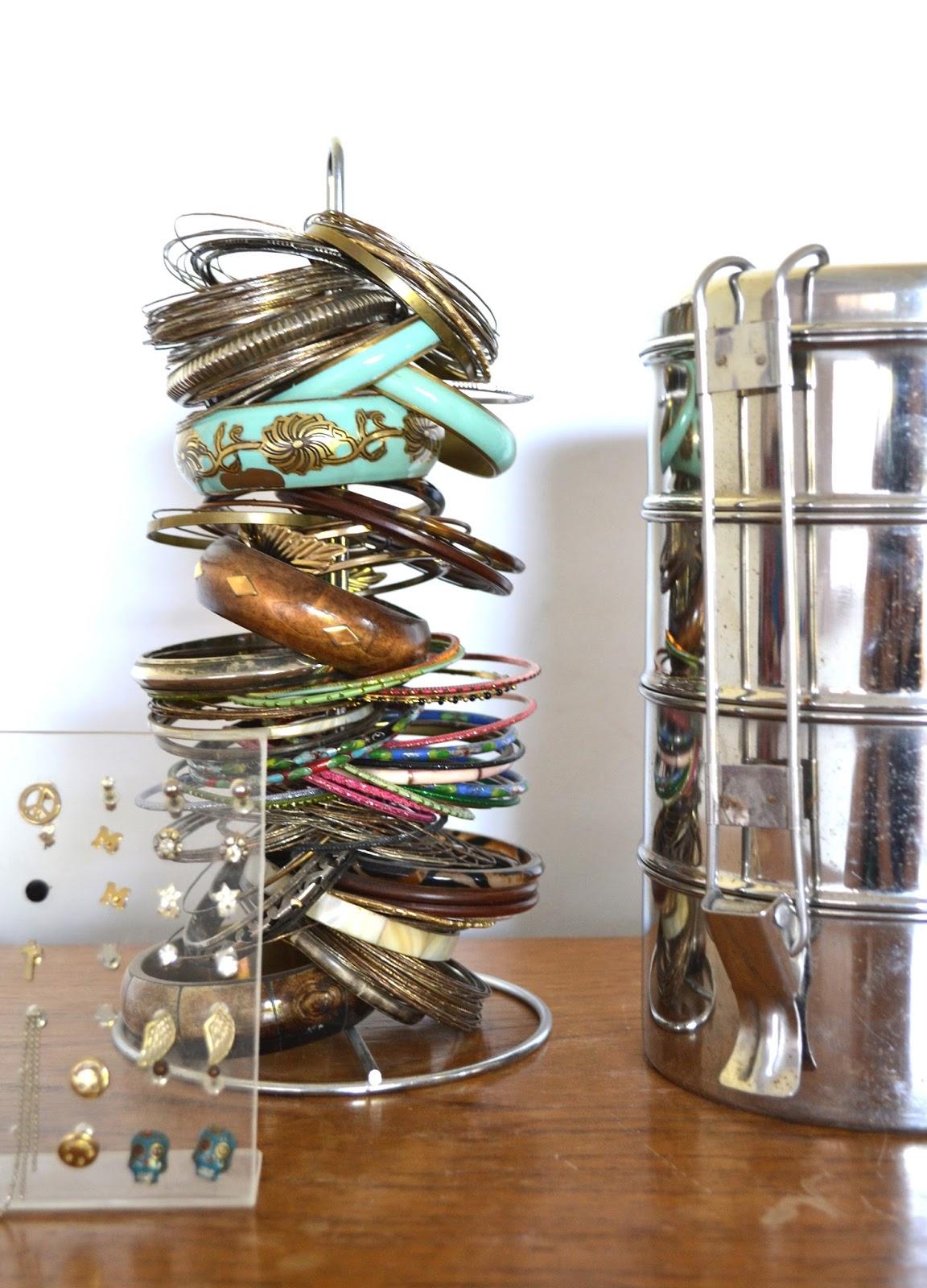 Ideas para organizar la bijou s lo para m - La casa de las perchas ...
