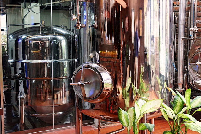 machines in which beer is brewed