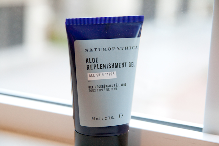 Naturopathica Aloe Replenishment Gel / Just like a facelift!