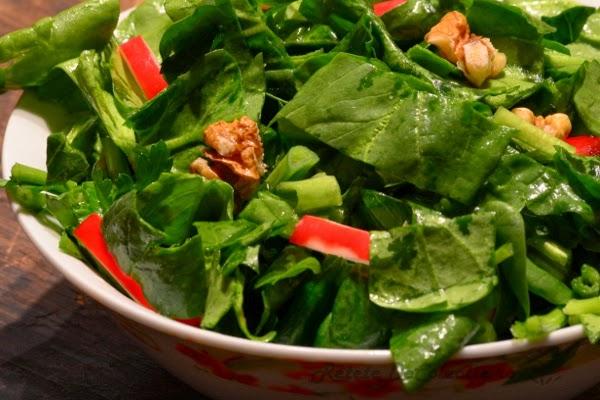 salata spanac nuci