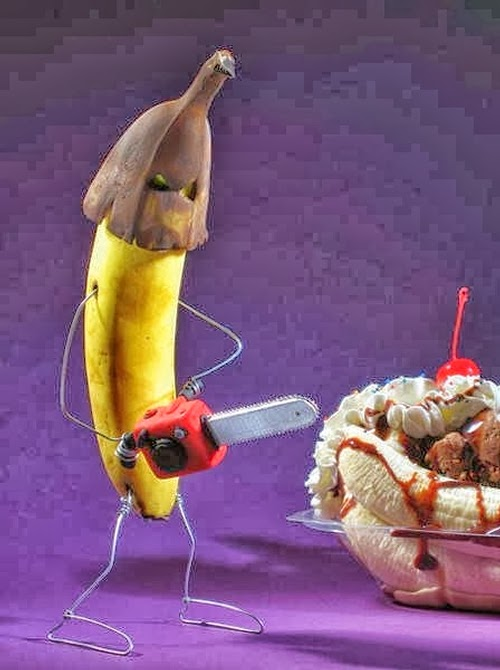 02-Banana-Splits-After-Revenge-Attack-Terry-Border-Photographer-Bent-Objects-Sculptures-www-designstack-co