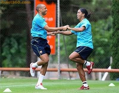 hình ảnh hài hước trong bóng đá, anh hai huoc, vũ điệu Samba