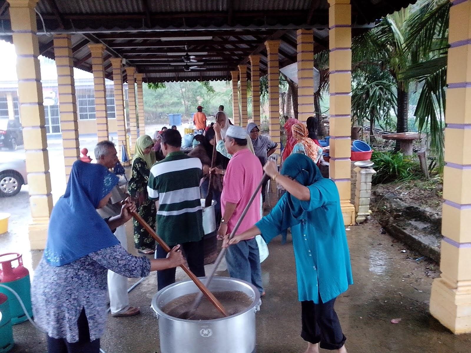 Program PERWANI dengan penceramah dari  Pejabat Agama Daerah Marang