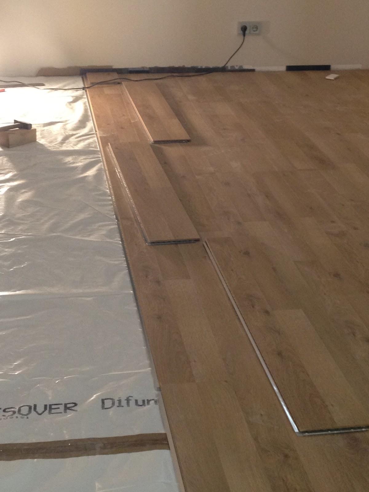 sicher ins eigenheim wir bauen ein haus februar 2013. Black Bedroom Furniture Sets. Home Design Ideas