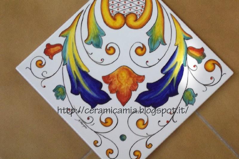 Ceramica che passione decorazioni per le mattonelle - Mattonelle in ceramica decorate ...
