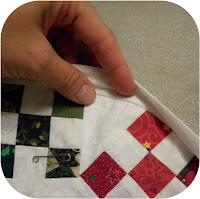 ProsperitySutff Round Christmas Mini-Quilt Binding