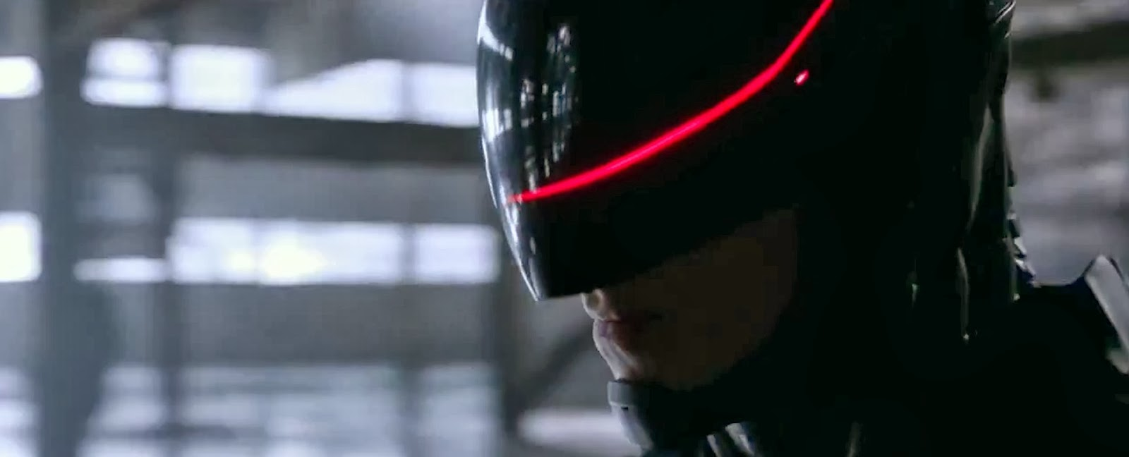 09+new+robocop+red+light+on+visor.jpg