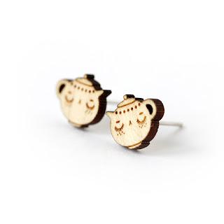 http://www.lesfollesmarquises.com/product/puces-d-oreilles-theiere