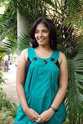 Actress Anjali New Photos, Anjali hot photoshoot stills-thumbnail-8