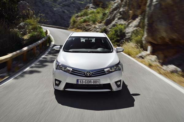 lancamento da imagem do Corolla 2014 o Novo Carro da Toyota