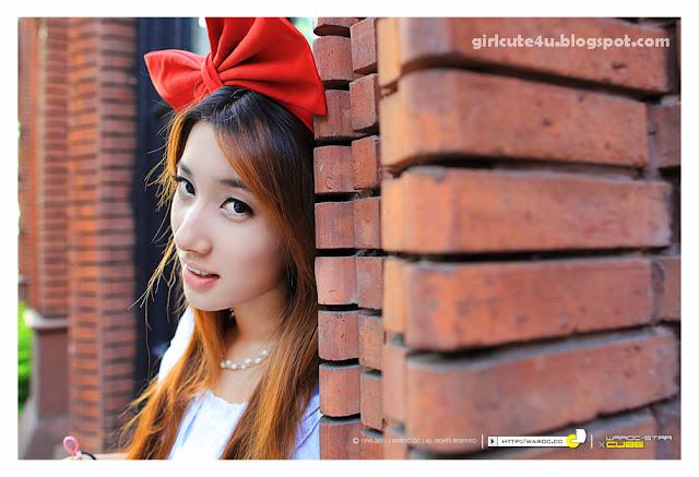 Alice-Walk-in-City-01-very cute asian girl-girlcute4u.blogspot.com
