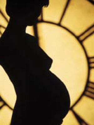 http://3.bp.blogspot.com/-b2tzTpIpFX8/TtED-LwrVGI/AAAAAAAAIyU/Rp8ivM4kPNQ/s400/donna_incinta.jpg