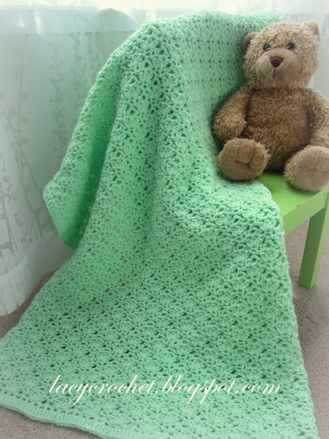 Free Crochet Pattern For Lacy Baby Blanket : Lacy Crochet: Crochet Green Baby Blanket, free pattern