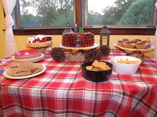 A lumberjack party isn't complete without lots of desserts! This party had s'more cupcakes, pumpkin cupcakes, cake, and whole wheat brownies. Yum!