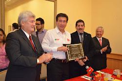 Rectores apoyan a Héctor Yunes