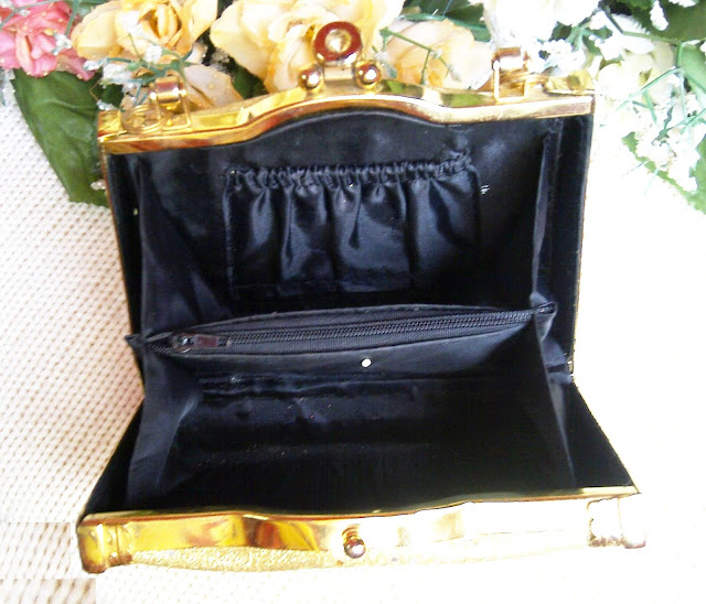 bridal wedding clutch