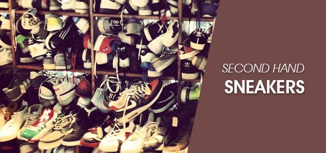 Sepatu Sneakers Bekas