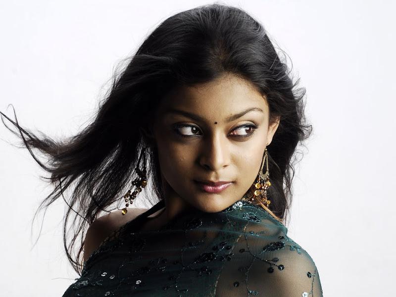 Telugu Heroine Soundarya Gallery gallery pictures