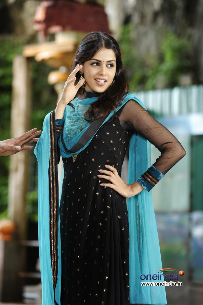 Latest HD Wallpapers Of Tamil Actress
