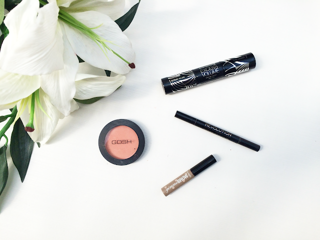 Makeup Revolution Eyeliner, Benefit Gimme Brow Gel, Max Factor Excess Volume Extreme Impact Mascara, GOSH Cosmetics Natural Blush in Melon, Makeup Revolution Awesome Double Flick Thick and Thin,