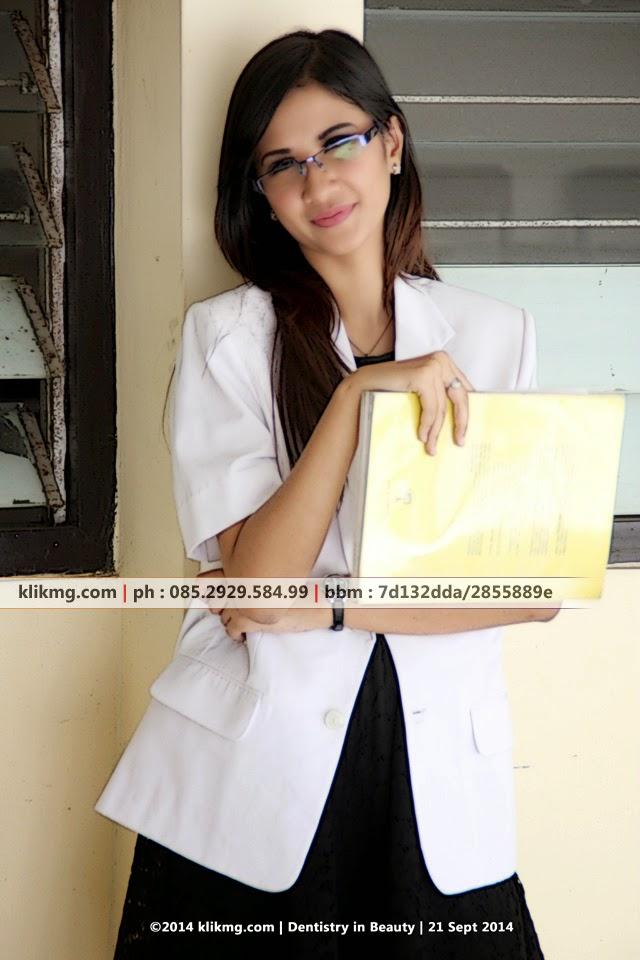 Dentistry in Beauty Modeling Pose Foto Hunting | Foto oleh Klikmg Fotografer Jakarta