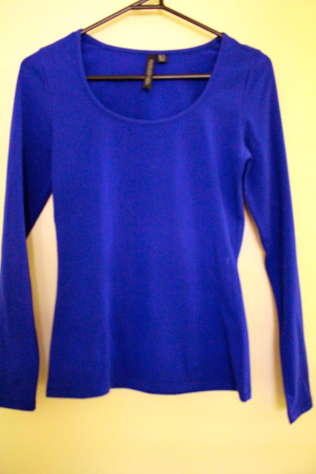 layering, blue long sleeve top