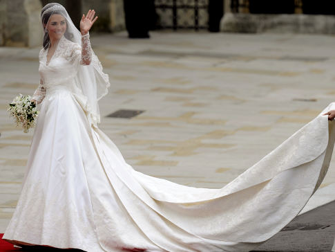 Duchess of Cambridge\'s Wedding Dress by Sarah Burton | South Molton ...