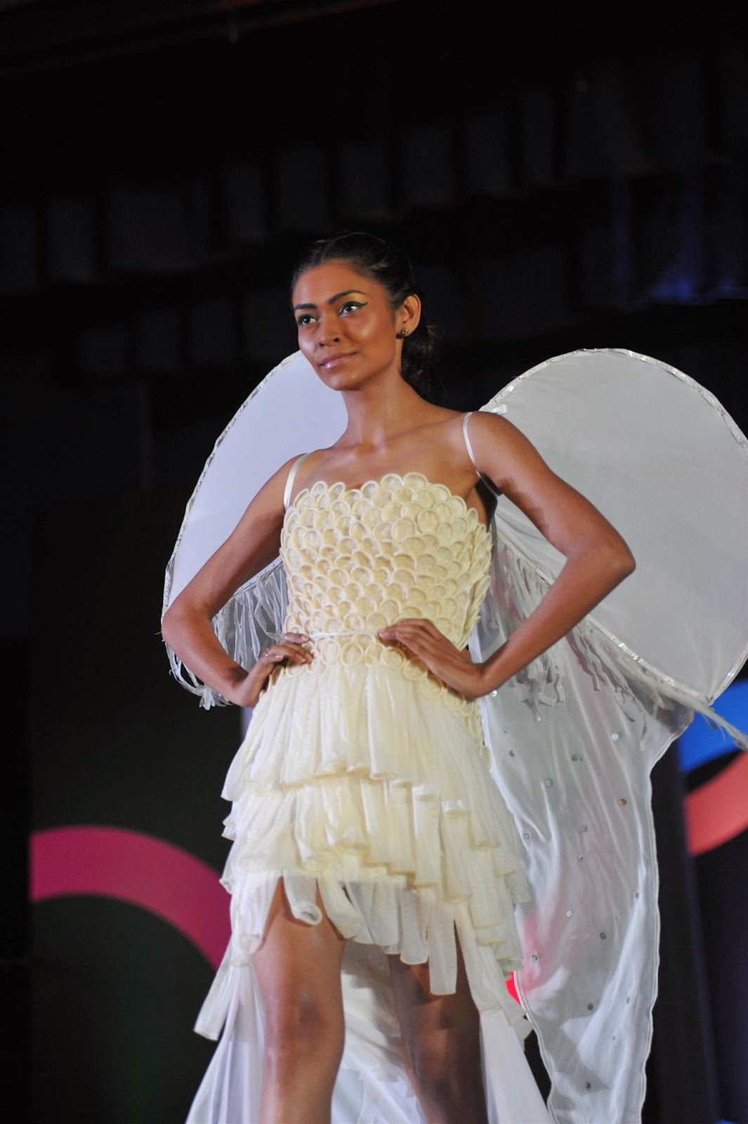 Malavikas Mumbaistan: Fairy tales and Mumbai fashion show mms