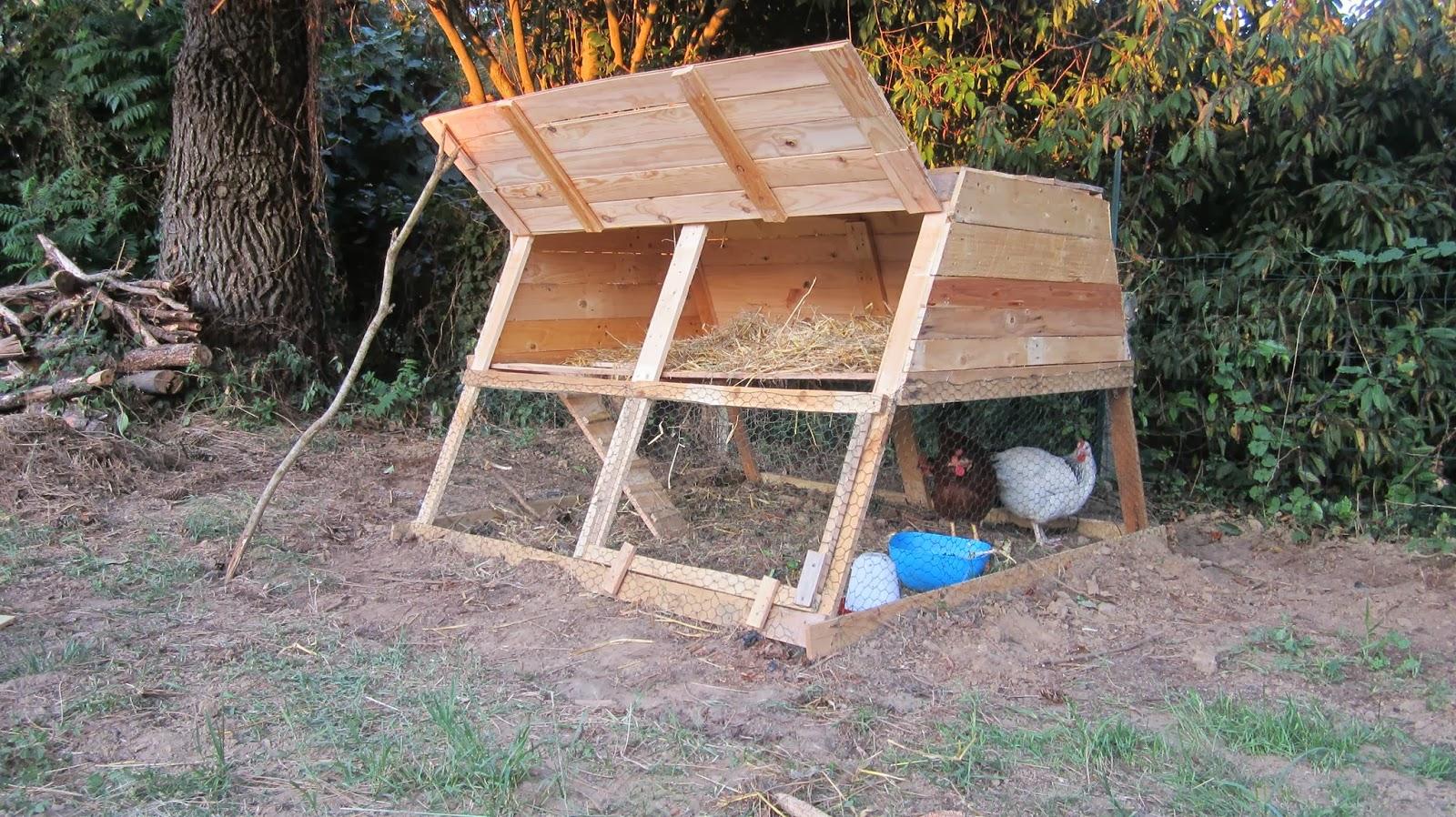 ecolo bio nature permaculture urbaine et jardinage bio poulailler encore et toujours. Black Bedroom Furniture Sets. Home Design Ideas