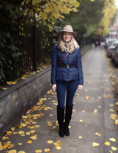 burberry scarf, burberry, fedor hat, street style, fashion blogger, topshop, topshop hat, topshop fedora, fedora hat, kurt geiger, kurt geiger boots, zara, zara jacket, zara puffa jacket