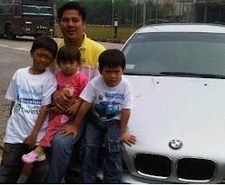 Ayi Muzayini bersama Putra dan Putrinya
