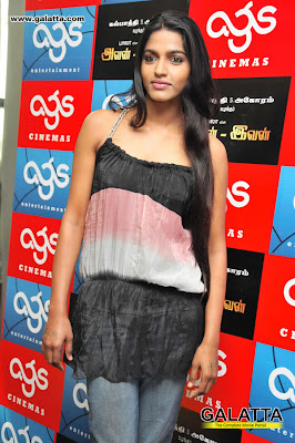 Dhansika  - Dhansika at Avan Ivan Premiere Show at Ags Cinemas Photos