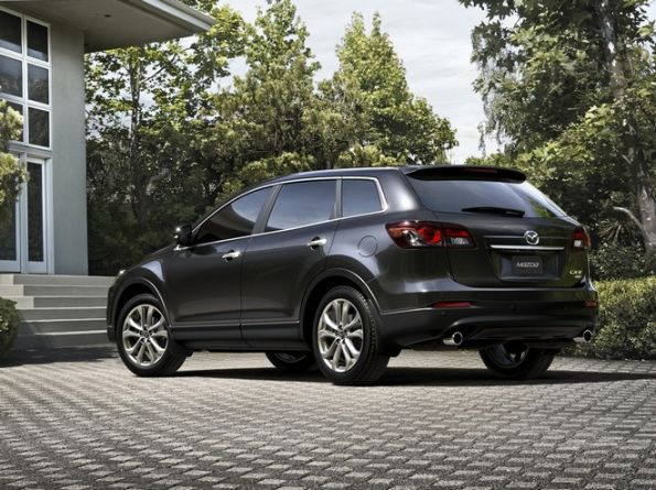 Side picture of Mazda CX-9
