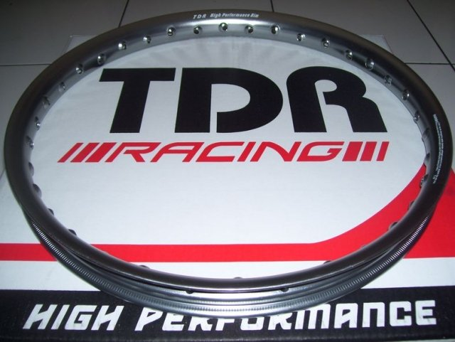 TABLOID MOTOR Harga Harga Vleg Racing