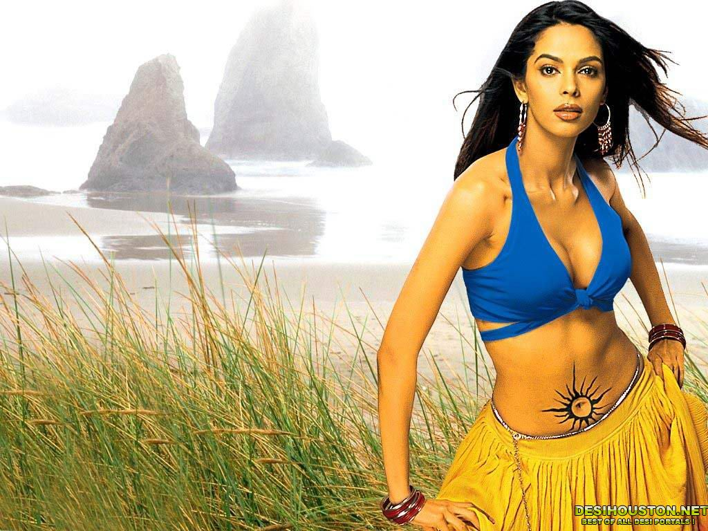 wallpapers mallika sherawat bikini - photo #27