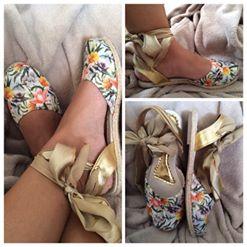 http://artmelzinha.blogspot.com.br/2015/09/sorteio-no-blog-com-clara-sapatilhas.html