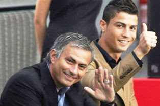Mourinho Dan Ronaldo Absen Dalam Gelaran Ballon d Or