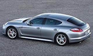 Porsche Panamera side view
