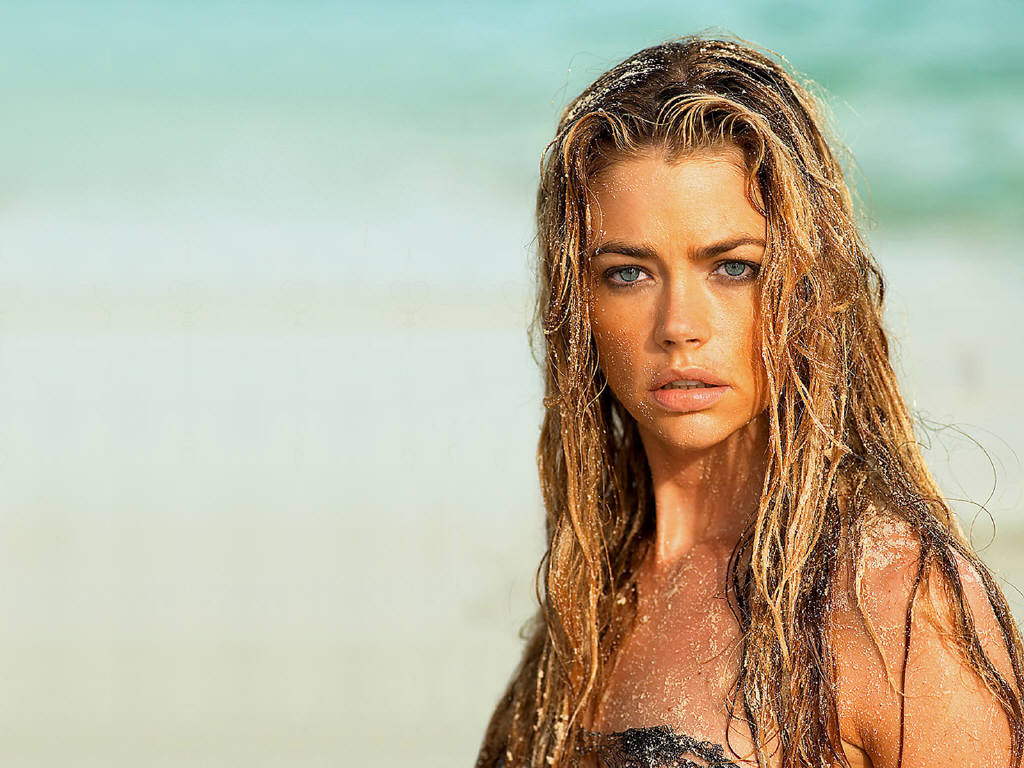 ... share to pinterest labels denise richards denise richards photo: http://hotdeniserichardspics.blogspot.co.id/